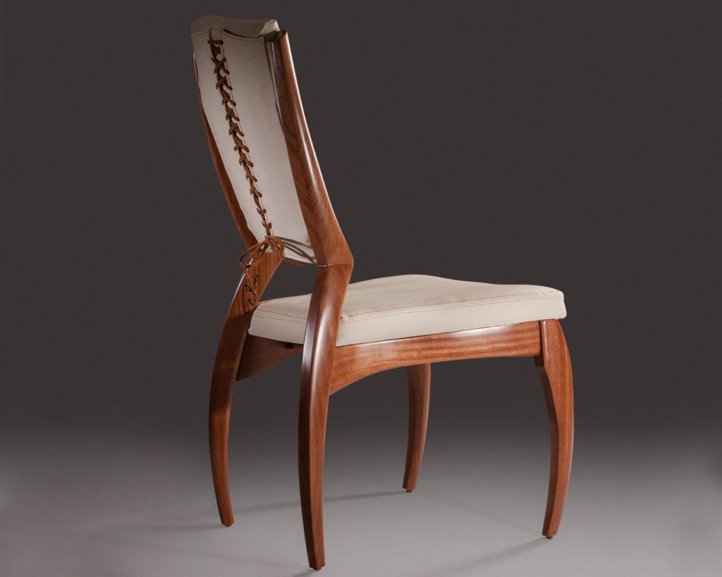 Pavlova chair